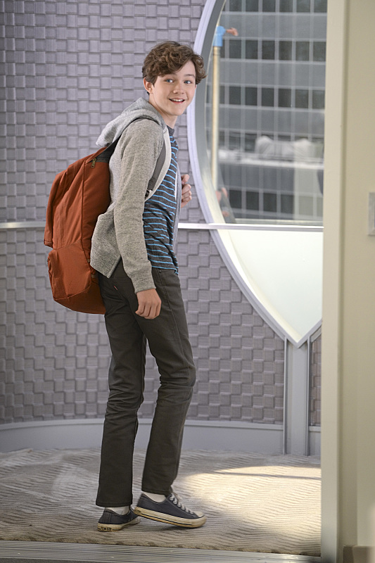 """How Does She Do It?"" -- Kara's two identities are stretched thin when Supergirl must protect National City from a series of bombings and Kara is tasked with babysitting Cat's son, Carter, on SUPERGIRL, Monday, Nov. 16 (8:00-9:00 PM, ET/PT) on the CBS Television Network. Pictured: Levi Miller Photo: Darren Michaels/Warner Bros. Entertainment Inc. © 2015 WBEI. All rights reserved."